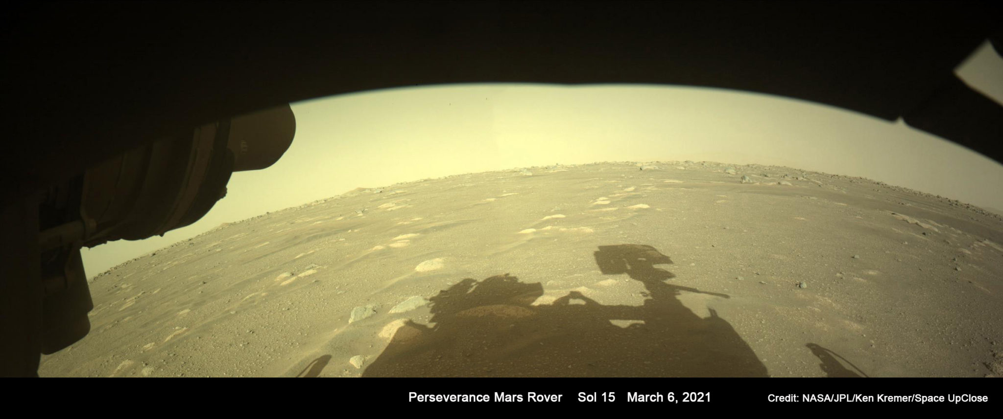 Знаменитые тени марсианских роботов-марсоходов