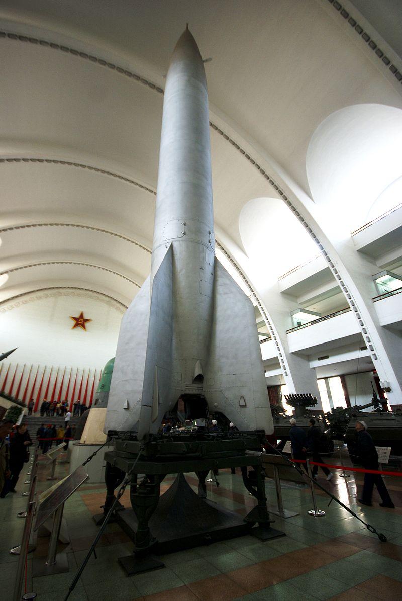 Спина к спине и вместе в космосе - у Китая и России нет иного выбора