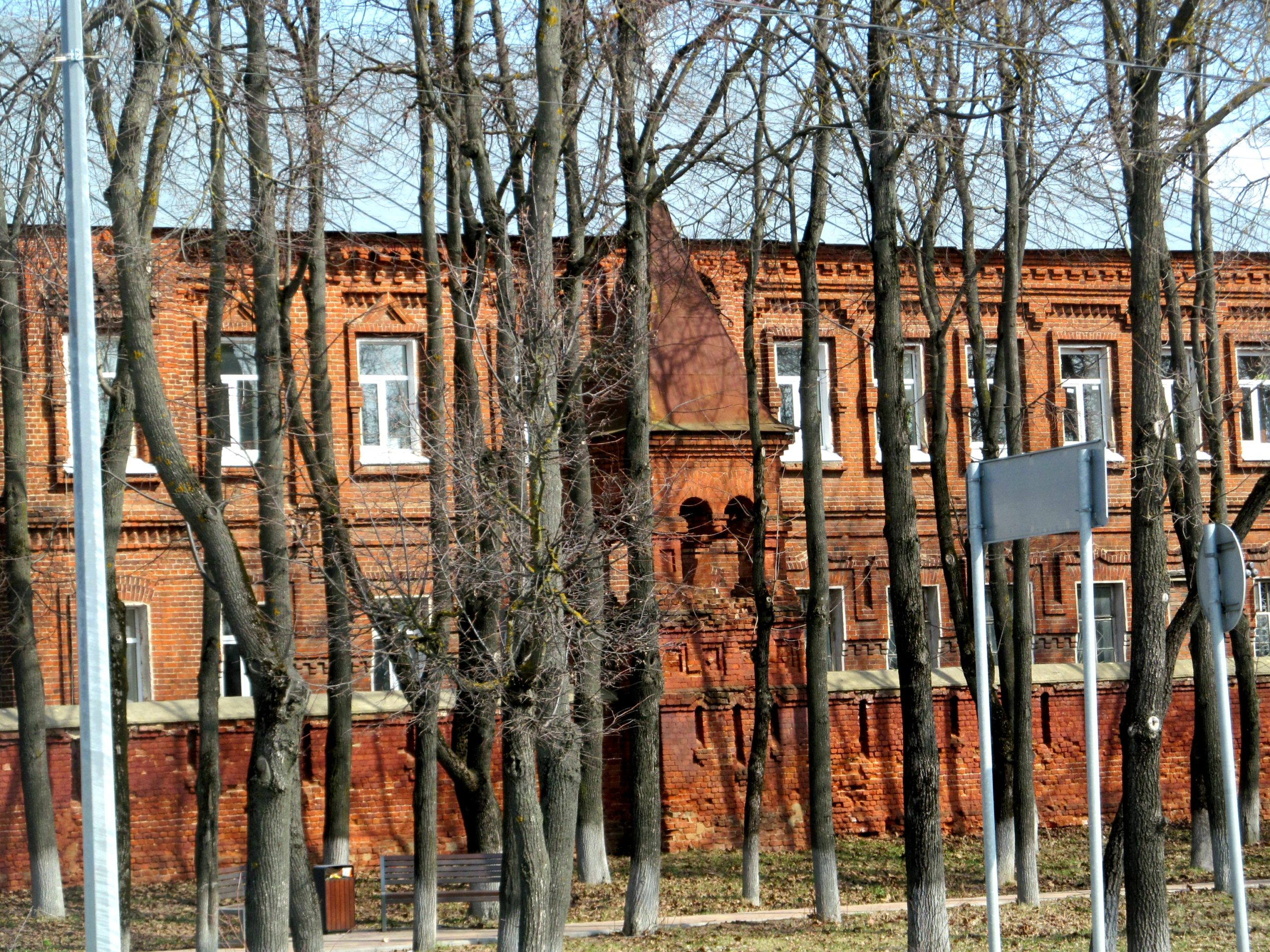 Колоритные фотографии закоулков, подворотен и центральных улиц тишайшего города Егорьевска