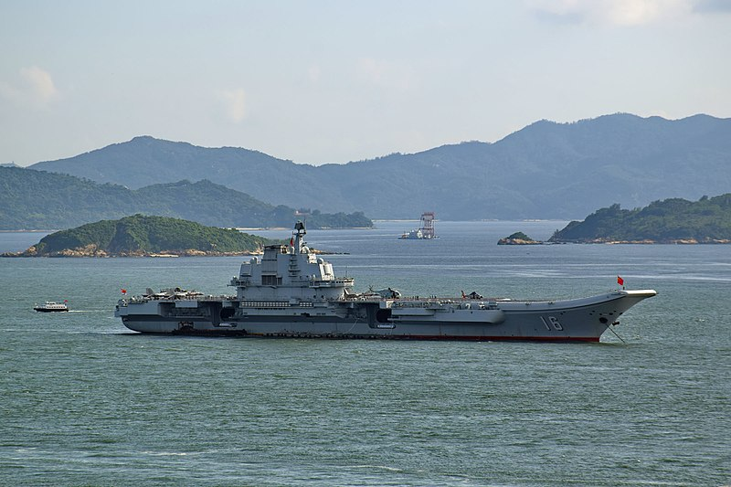 Грозный ответ Китая - группа авианосца Shandong завершила военные учения в спорных водах